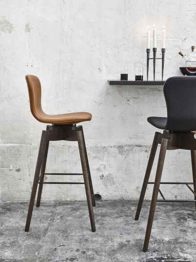 Mater Shell Bar Stool